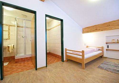 Zimmer - Einzelbett, Badezimmer